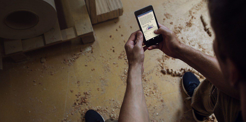 گوشی موبایل مایکروسافت لومیا 550