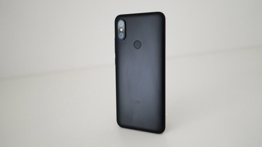 Xiaomi-Mi-A2-back
