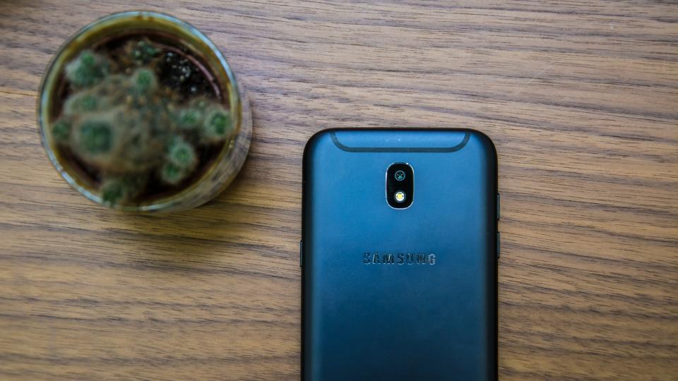 دوربین گلکسی جی 5 - Galaxy J5
